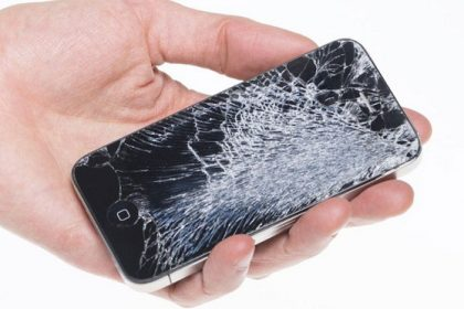 7-tips-to-keep-your-phone-screen-safe